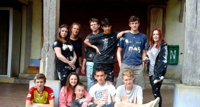 Durant une semaine, dix jeunes de 14 à 17 ans, ont rénové les locaux des associations musicales de L'Isle-en-Dodon./Photo DDM