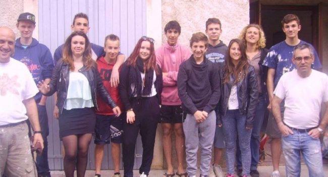 L'équipe du chantier jeunes qui a redonné une nouvelle jeunesse aux locaux de l'école de musique./Photo DDM