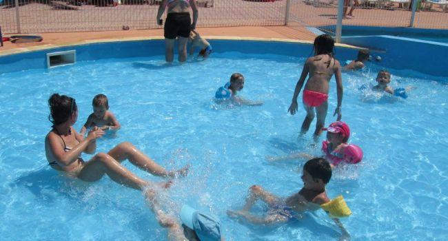 C'est bientôt les vacances au Sivu Enfance et Jeunesse et comme en été 2014, les enfants de L'Isle et du canton pourront goûter aux joies de la mer et des bassins d'eau douce../Photo DDM.
