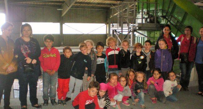 Les écoliers de Molas ont pu découvrir les coulisses du recyclage./Photo DDM