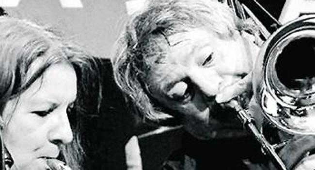 Biggi Vinkeloe, saxophoniste et flûtiste suédoise d'origine allemande, se produira avec François Lemonnier, tromboniste français ; tous deux sont des musiciens hors pair, improvisateurs et compositeurs./Photo DR