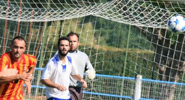 Ajas a été tenu en respect par la défense d'Aurignac mais le danger est venu d'ailleurs./Photo DDM