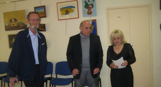 Aux côtés de Jean-Jacques Garnier, Maria Salomone a déclamé une dizaine de poèmes, pour le plus grand bonheur de l'auditoire. /Photo DDM
