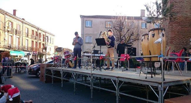 L'association Musical'Isle a présenté une première audition lors du marché de Noël et le public a pu apprécier le fruit du travail des quelque quarante apprentis musiciens./Photo DDM