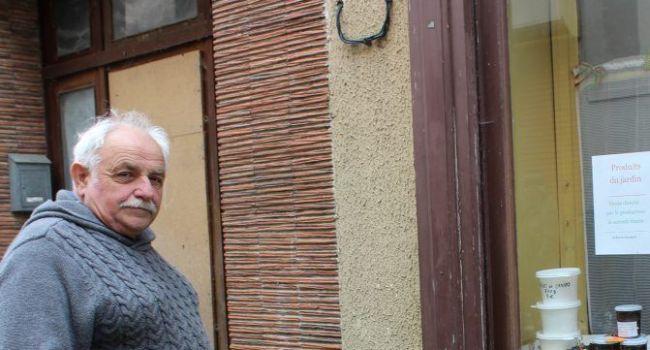 Christian Piques a ouvert un « dépôt-vente directe par le producteur » le samedi matin./Photo DDM