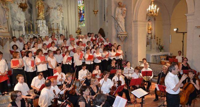 Plus de cinquante choristes et trente musiciens retrouveront l'église Saint-Adrien pour un concert exceptionnel./Photo DDM