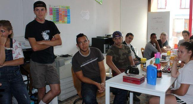 Le chantier jeunes a réuni près d'une quinzaine de jeunes âgés de 14 à 19 ans./Photo DDM, Y.C-S