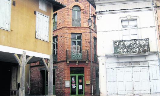 L'assemblée a proposé à l'association d'occuper le bâtiment situé rue Nastrade où siégeait l'ancienne MJC.