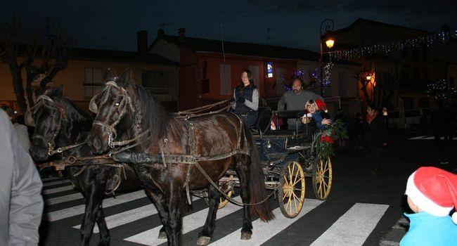 Des promenades en calèche dans le cœur de la cité seront proposées ce week-end lors du marché de Noël. /Photo Y.C-S