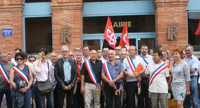 Syndicats et élus avaient manifesté ensemble contre la fermeture/ Photo DDM Y.C-S