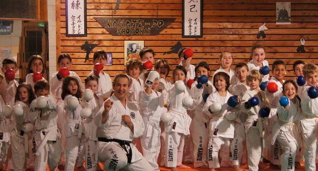 Le beau dynamisme du Karaté Club, qui compte plus de 70 adhérents dont 35 licenciés dans le cours enfant./Photo DDM