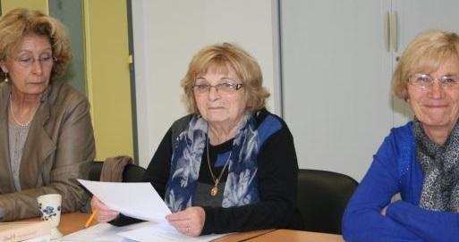 Thérèse Briol, présidente de l'ADMR (au centre) recherche des aides-soignantes, des auxiliaires de vie et des assistantes de vie./Photo DDM